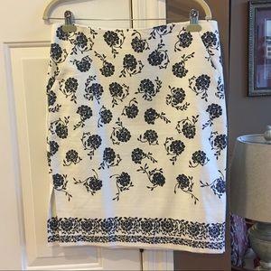 New LOFT Floral Skirt Size 12